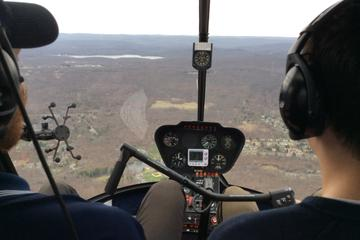 Lezione di volo in elicottero sopra New York