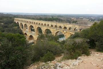 Excursion d'une demi-journée aux sites romains en Provence au départ...