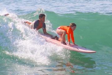 Clase de surf en Los Cabos en Costa...
