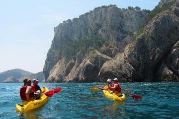 Excursion en kayak de mer sur la Costa Brava au départ de Barcelone