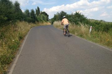 Excursão de bicicleta com descida...