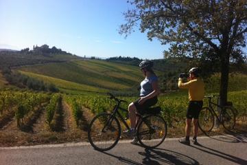 Promenade en vélo au Monte Senario en Toscane, incluant le ramassage...