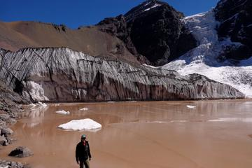 Full-Day Hiking Trip to El Morado Hanging Glacier from Santiago