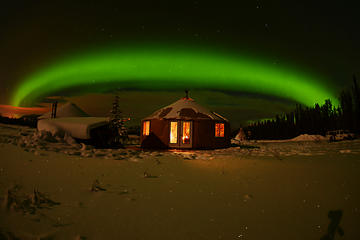 Day Trip Arctic Day: Evening Aurora Viewing near Whitehorse, Canada