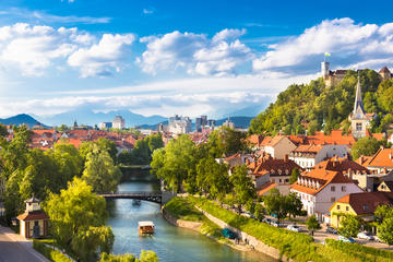 Ljubljana with Postojna Cave Excursion from Zagreb