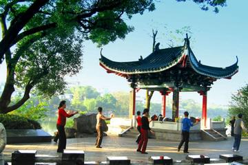 Guilin Essence and Lifestyle Walking Day Tour