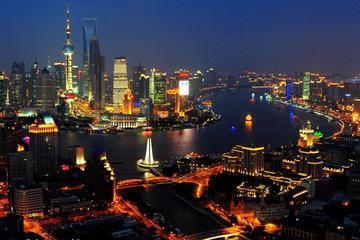 Wasserstadt Zhujiajiao mit Bootstour bei Nacht auf dem Huangpu
