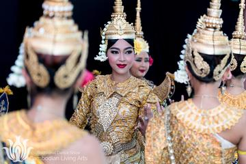 Cambodian Arts Traditional Dance Show...
