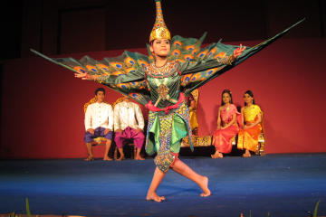 spectacle-de-danse-cambodgienne-traditionnelle