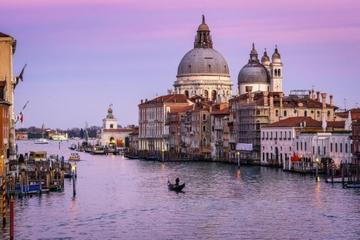 Visite à pied de la Venise cachée en soirée