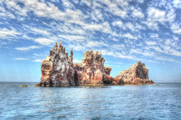 Todos Santos and Espiritu Santo Island Snorkel Expedition from Los...