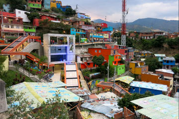 Private Tour: Medellin Graffiti Experience