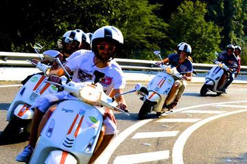 Barcelona-Stadtbesichtigung auf Vespa Scooter