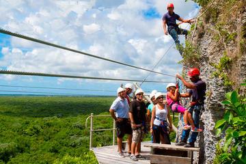 Aventura en tirolina y Hoyo Azul en Punta Cana