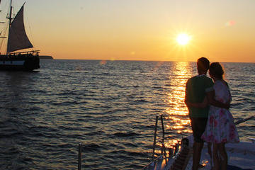 Ocean Voyager 74 Sailing in Santorini Sunset Tour