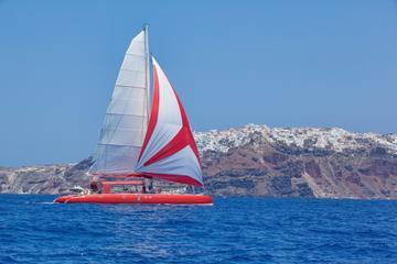 santorin-croisiere-en-catamaran