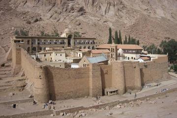 Tour de un día por el Monasterio de Santa Catalina desde Sharm el...