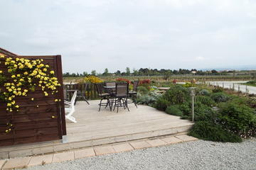 1-Day Package: Vineyard Visit, Wine Tasting Experience, Dine and Overnight Stay in Carcassonne