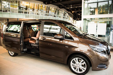 Private Arrival Transfer Zurich Airport to Davos