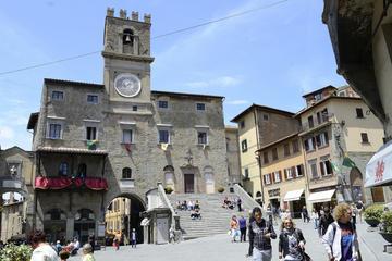 Cortona walking tour Under the Tuscan Sun