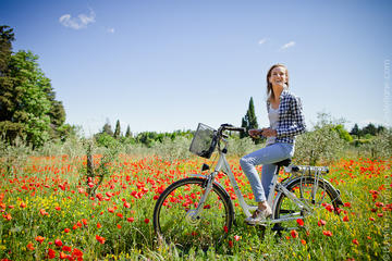 Half Day of visit of Provence and the Carrieres de Lumieres by Electric Bike from St Rémy-de-Provence