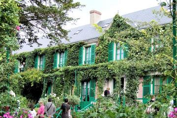 Giverny and Versailles Skip the Line...