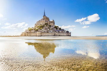 Small-Group Mont Saint-Michel Day...