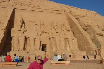 Tur til Abu Simbel & Aswan fra...
