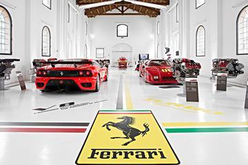 Museos Ferrari y Lamborghini con...