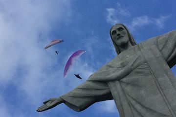 Corcovado con estatua del Cristo redentor además de otras 6...