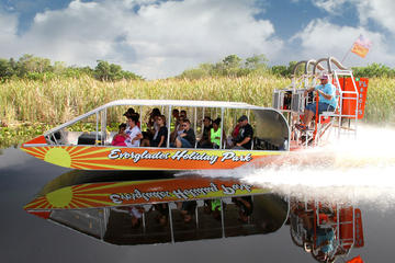 Day Trip 60-Minute Everglades Airboat Tour and Gator Boys Alligator Rescue Show near Fort Lauderdale, Florida