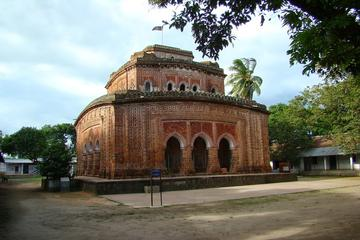 Private Tour: Dinajpur Day Tour of Kantajew Temple and Tajhat Palace
