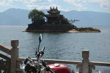Erhai Lake Scooter Tour: Discover Dali and Bai Culture