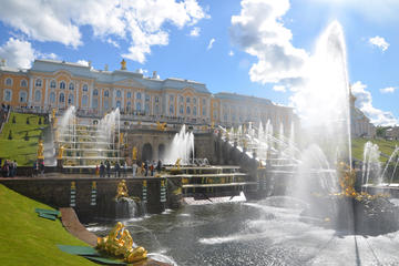 St. Petersburg Visa-Free 2-Day Essential Tour
