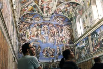 Tour in kleiner Gruppe durch den Vatikan am frühen Morgen