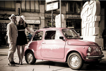 Tour a Milano in una Fiat 500 d'epoca