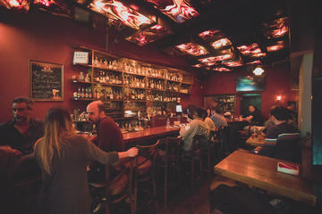 Bitemojo self-guided culinary tours: Night Life and Alcohol in Florentin