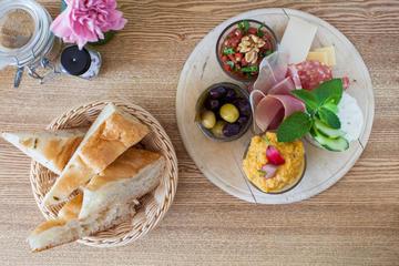 Bitemojo self-guided culinary tours of Berlin: Neukölln Food Tour