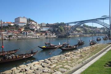 Recorrido por la ciudad de Porto con almuerzo y crucero por el río