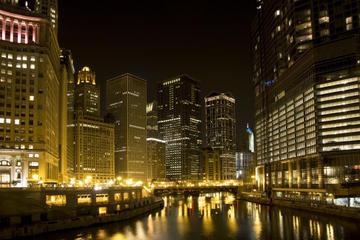 Excursão de caiaque pelo rio Chicago sobre fantasmas e gângsteres
