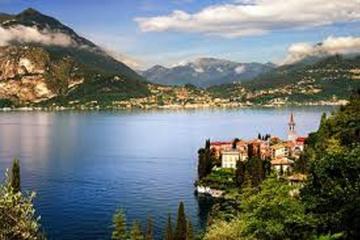 Tour privato: gita giornaliera al Lago di Como e in Valtellina con