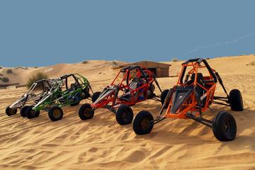 Esperienza di safari in Dune Buggy nel deserto a Dubai