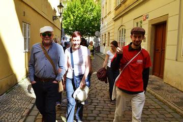 Prager Altstadt, Bootstour am Fluss und Besichtigung der Prager Burg...