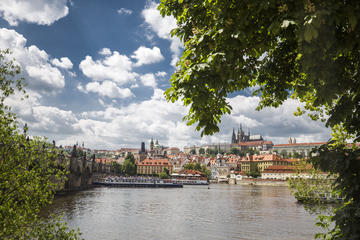 Prague Castle and Canal River Boat Tour