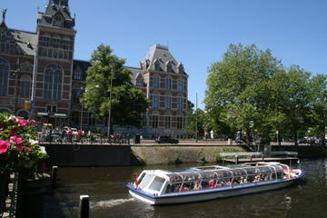 Amsterdam Canal Cruise and Skip The...
