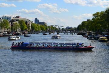 Tour door de grachten van Amsterdam met entreebewijs voor de ...