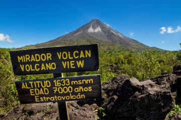 Arenal Volcano National Park Walk...