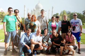 Taj Mahal und Agra: Tour mit dem Auto ab Delhi