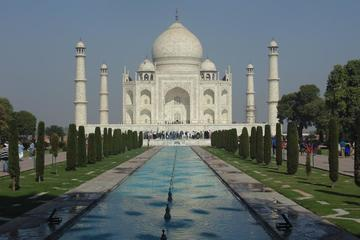 From Jaipur: Private Day Trip to Taj Mahal by Express Train