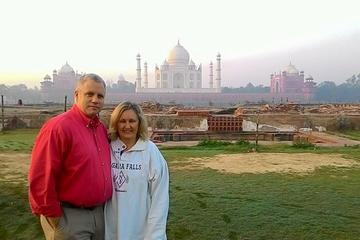 Private Tagestour durch Agra inklusive Taj Mahal und Fort Agra ab...